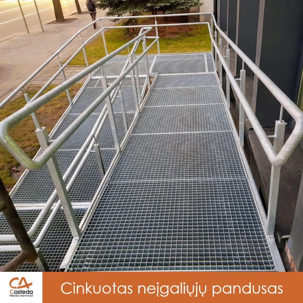 Cinkuotas pandusas neįgaliesiems
