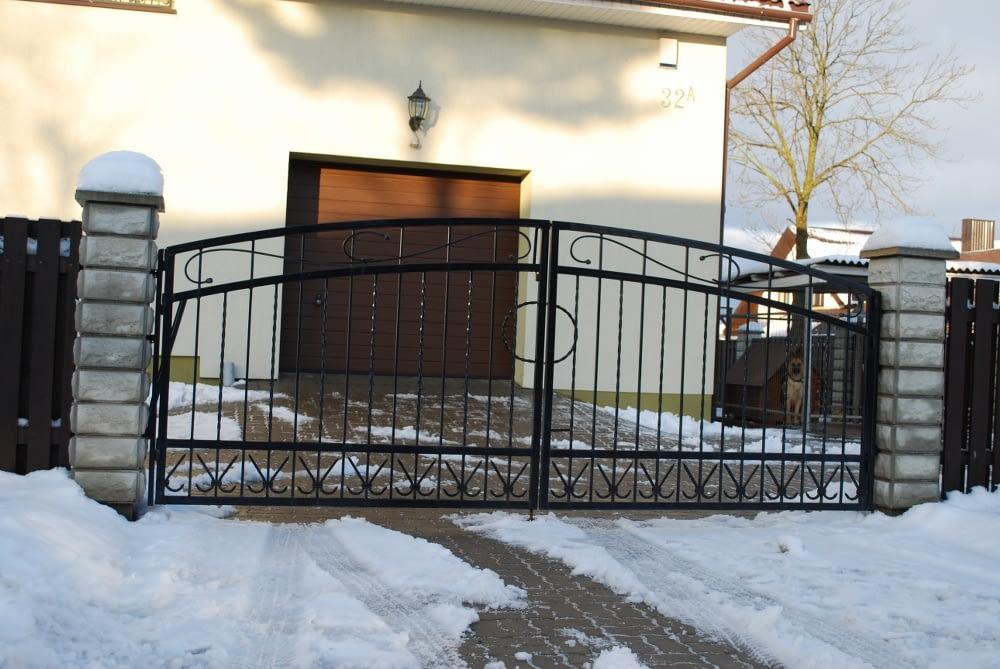 Metaliniu vartu gamyba Kretingoje